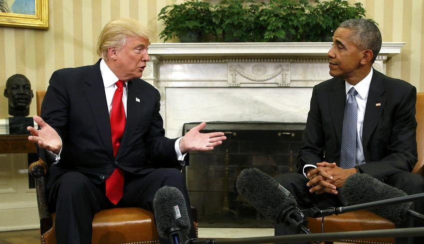 U.S.  President Barack Obama meets with President-elect Donald Trump to discuss transition plans in the White House Oval Office in Washington, U.S., November 10, 2016.  REUTERS/Kevin Lamarque